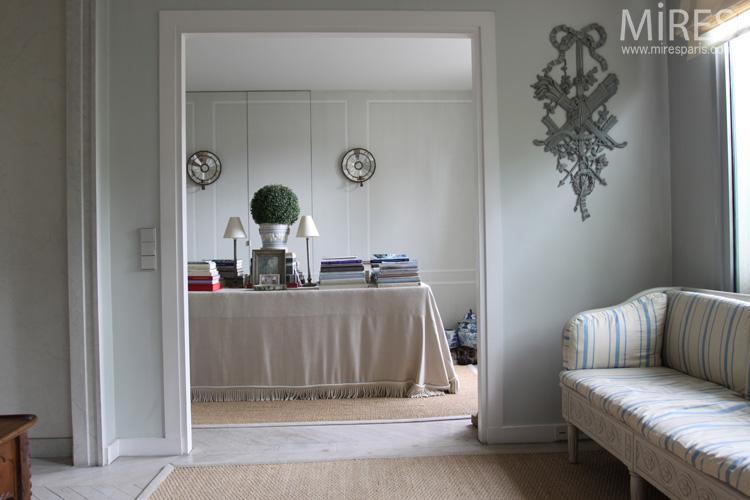 chambre gris perle chambre with chambre gris perle elegant peinture chambre vert et gris et. Black Bedroom Furniture Sets. Home Design Ideas