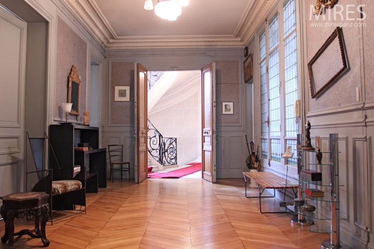 grande entr e avec une vaste verri re vitrail c0002 mires paris. Black Bedroom Furniture Sets. Home Design Ideas