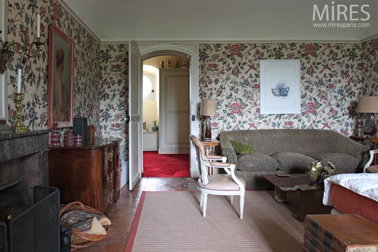 Chambre de style anglais avec salle de bains à miroirs. C0081 ...