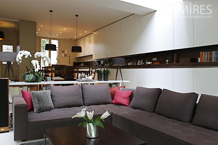 espace d tente ouvert sur le jardin c0748 mires paris. Black Bedroom Furniture Sets. Home Design Ideas