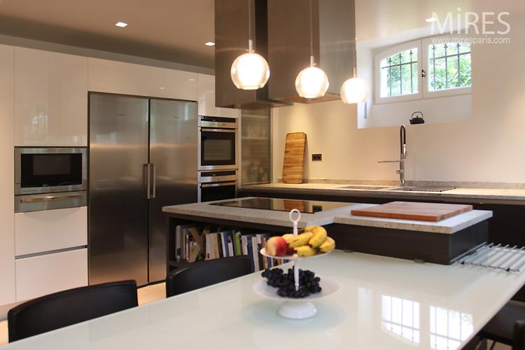cuisine en sous sol c0754 mires paris. Black Bedroom Furniture Sets. Home Design Ideas