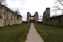 Ruines divines. C0143