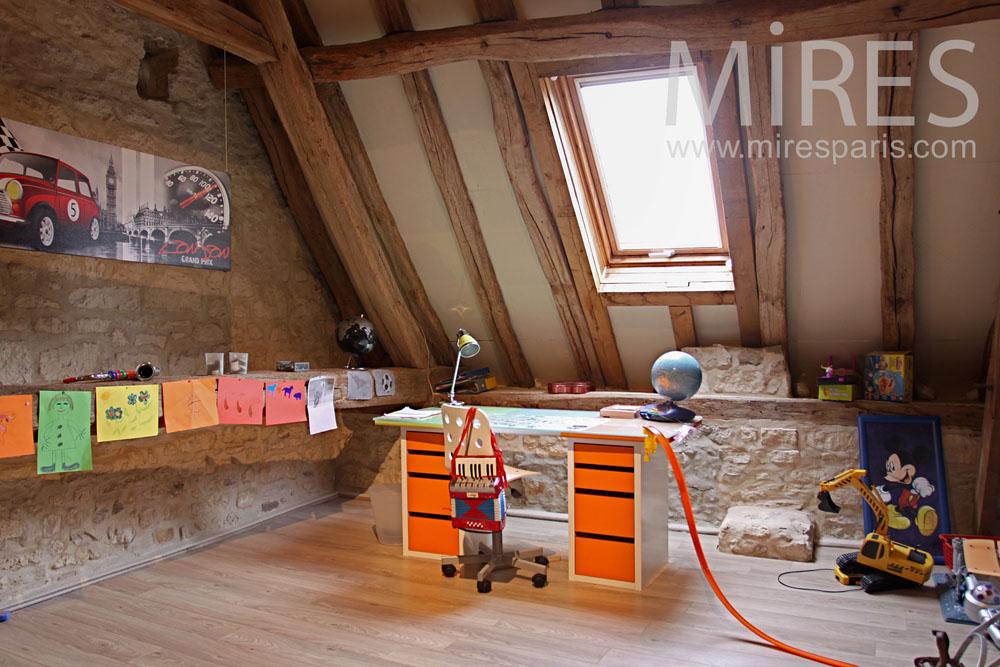 chambre sous les toits avec une mezzanine c0787 mires paris. Black Bedroom Furniture Sets. Home Design Ideas