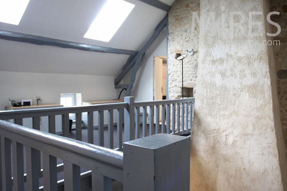 escalier bois peint et palier c0804 mires paris. Black Bedroom Furniture Sets. Home Design Ideas
