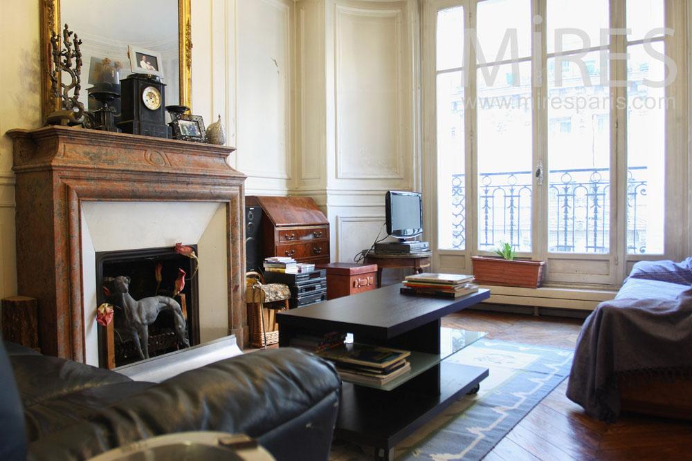 Carrelage Marbre Salon : Petit salon avec cheminée c mires paris