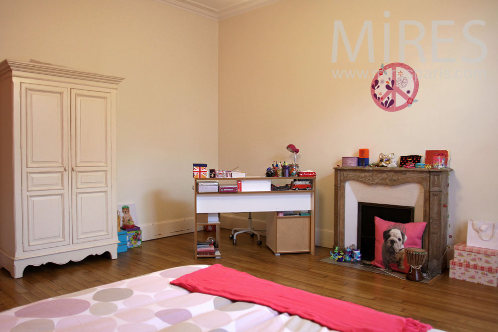 Chambre enfant coloree home design architecture for Chambre enfant coloree