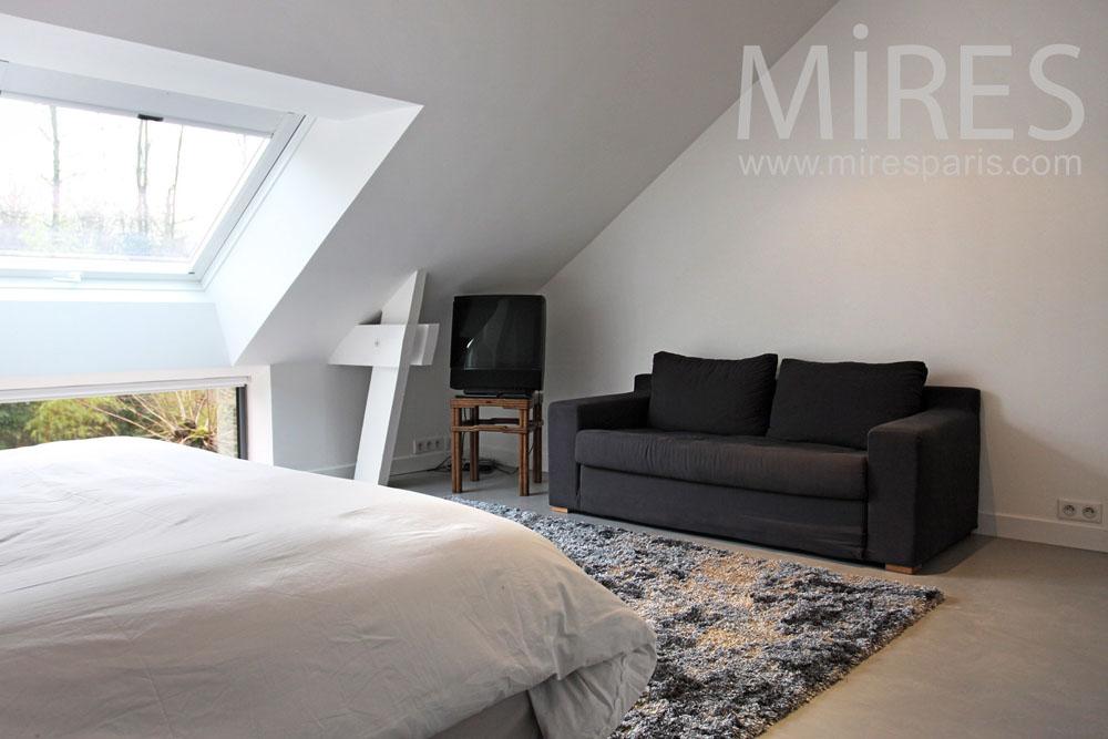 chambre sous les toits c0826 mires paris. Black Bedroom Furniture Sets. Home Design Ideas
