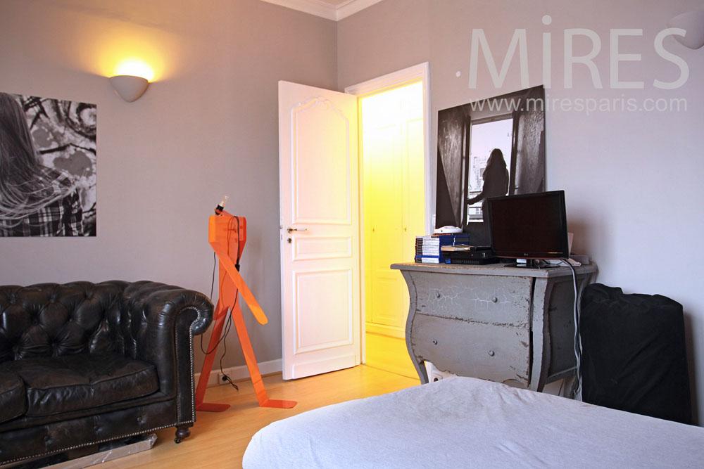 Relaxing bedroom. C0827