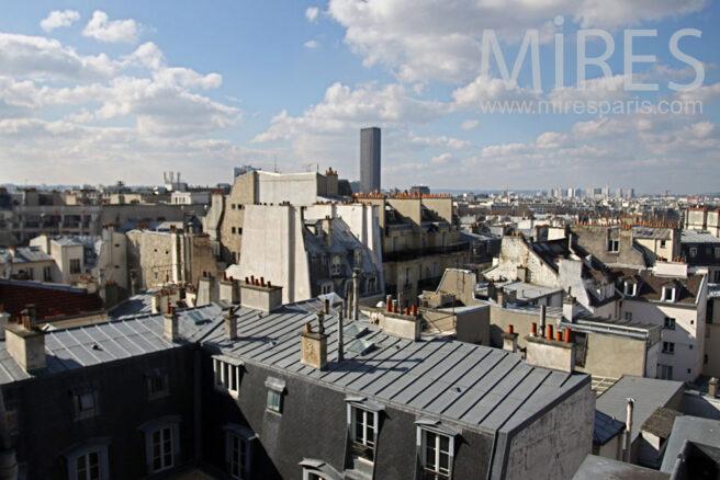 Appartement mansard avec vue sur la capitale c0835 for Club piscine entrepot