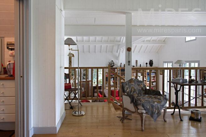 petit escalier du salon c0861 mires paris. Black Bedroom Furniture Sets. Home Design Ideas
