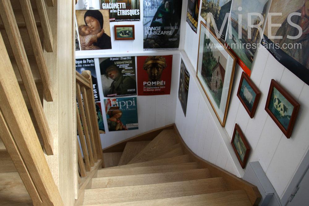 Escalier en bois. C0861