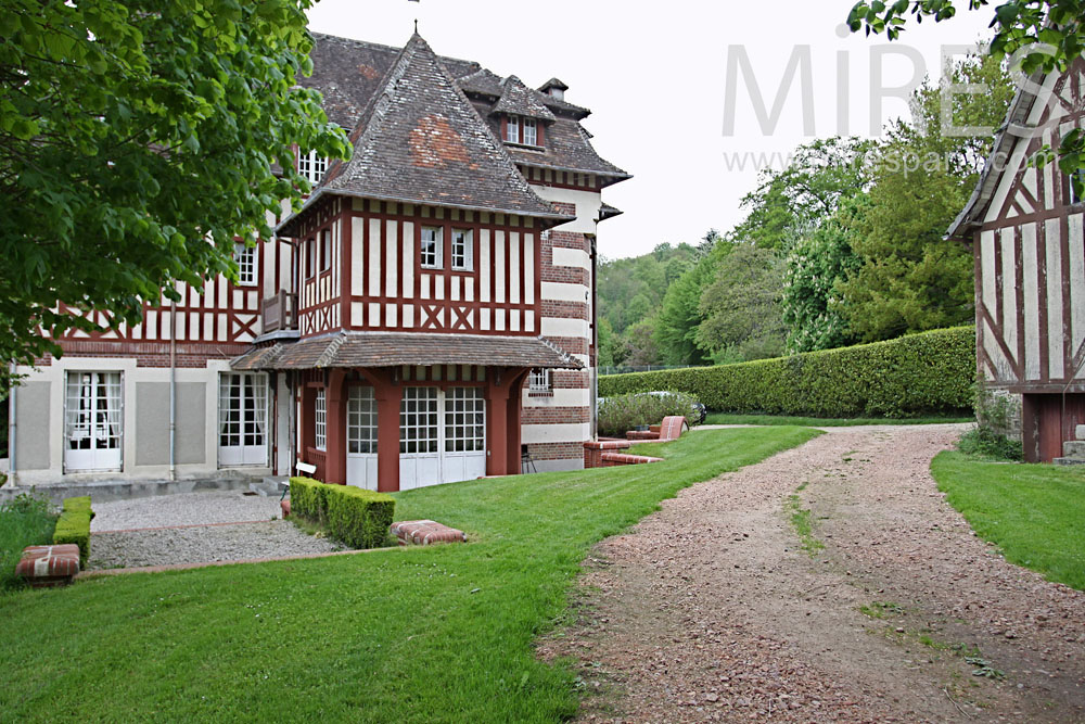 Timbered mansion. C0870
