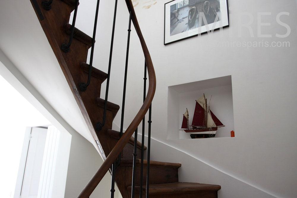 Escaliers et couloirs, déco. C0883