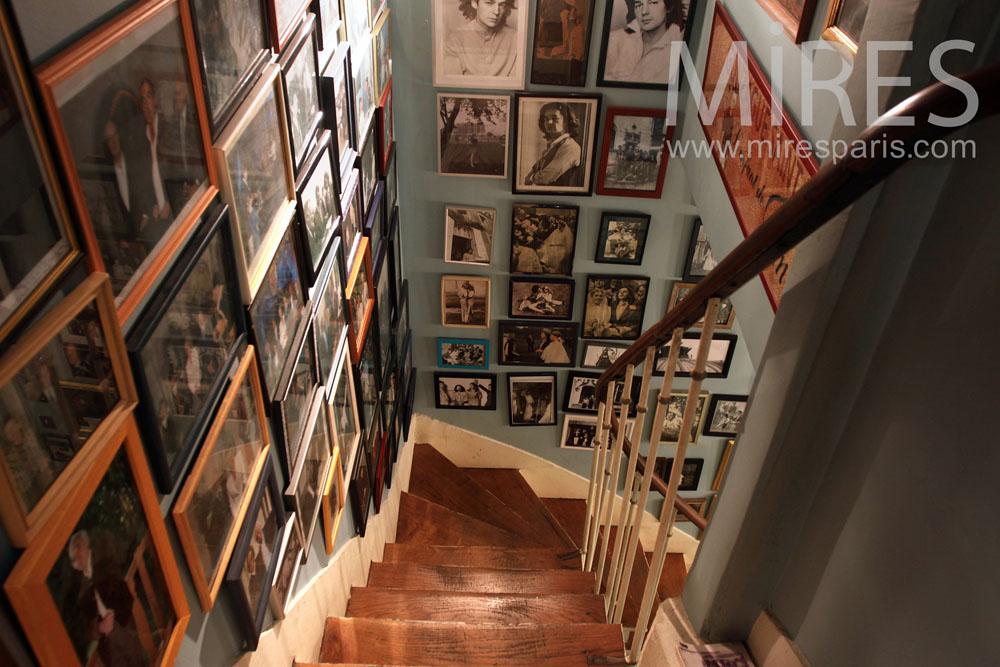 Escalier souvenirs. C0889