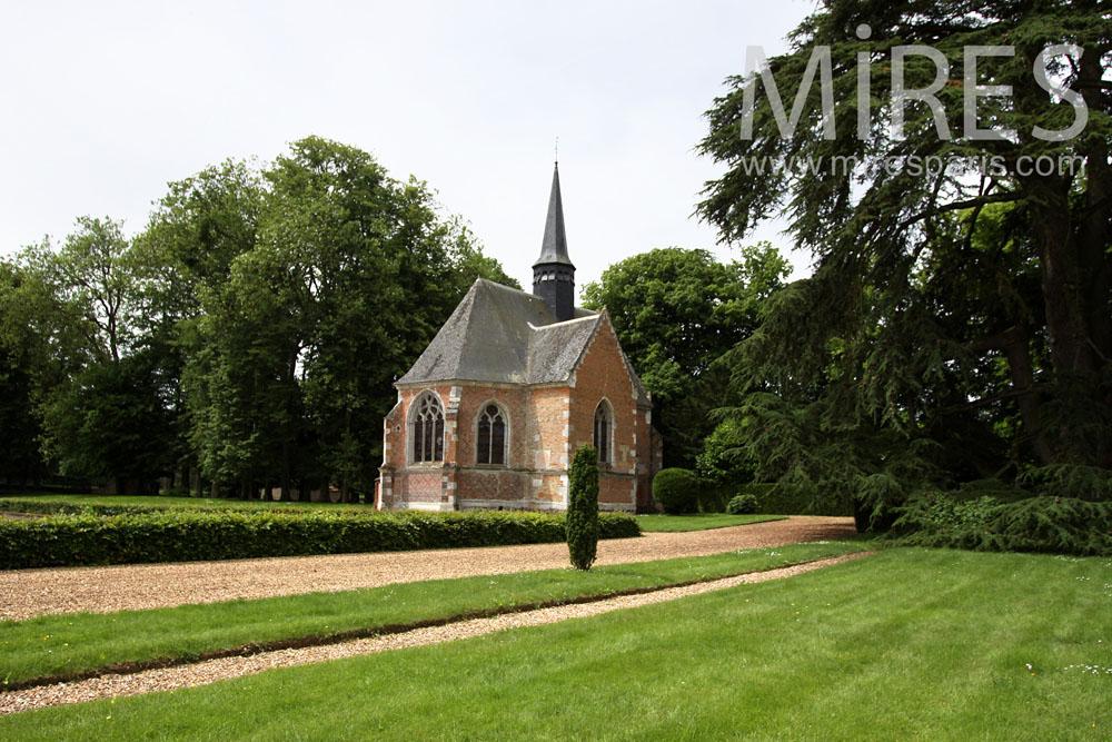 Dans le parc paysagé, chapelle Renaissance. C0890