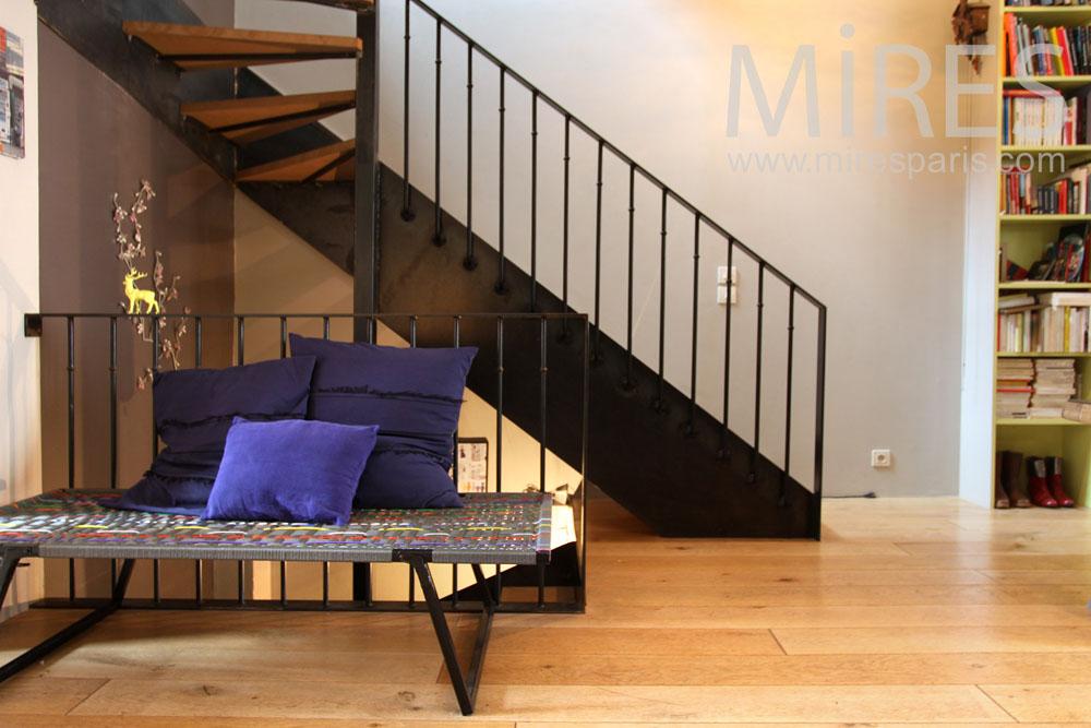 Escalier moderne et palier en trompe l\'oeil. C0891 | Mires Paris