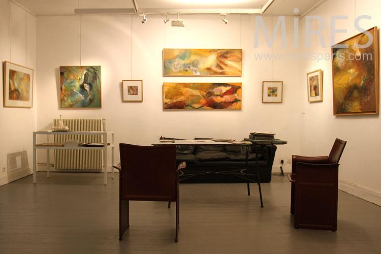 Salle d'exposition classique. C0895