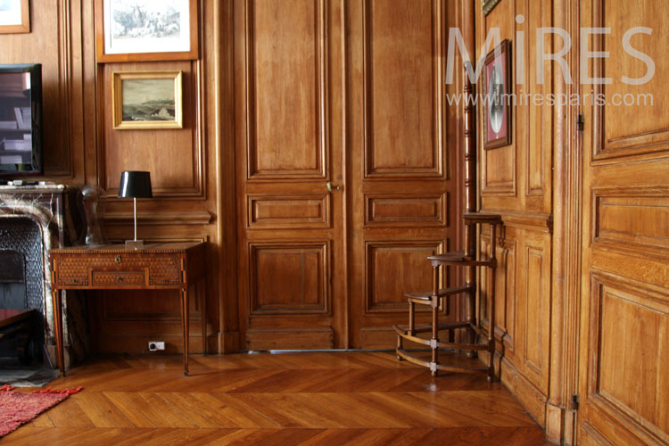 Bureau colonial. c0898 mires paris