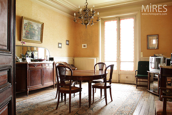 h tel particulier parisien c0037 mires paris. Black Bedroom Furniture Sets. Home Design Ideas