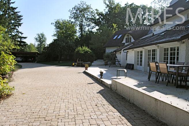 Terrasse avec vue sur les arbres c0916 mires paris for Club piscine entrepot