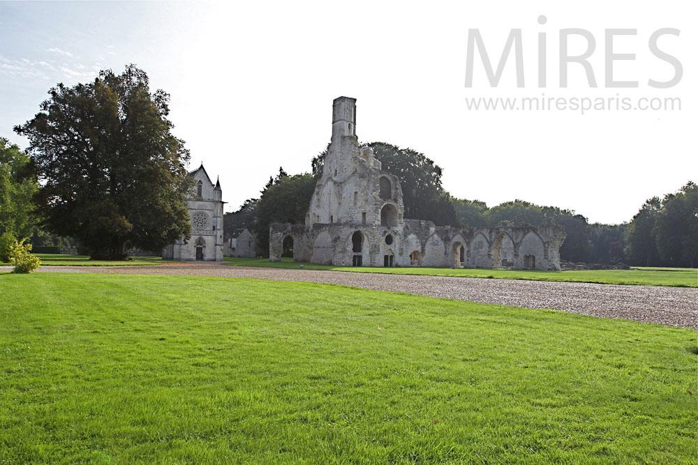 Chapelle abbatiale du XIème siècle. C0380