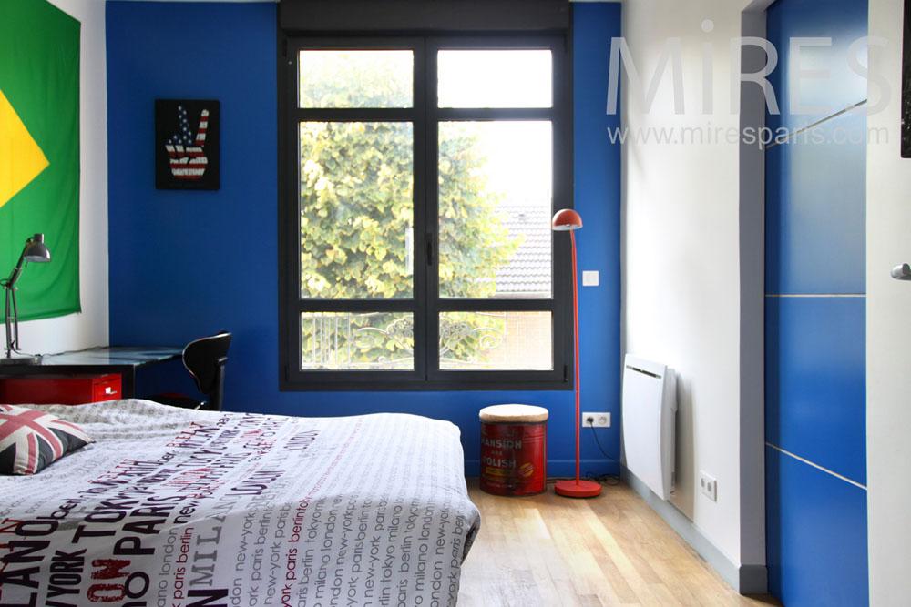Blue bedroom. C0918