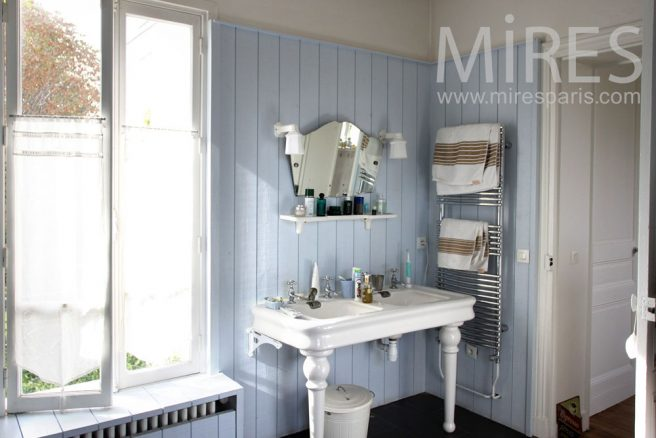 Salle de bains dressing ambiance campagne c0920 mires - Salle de bain campagne chic ...