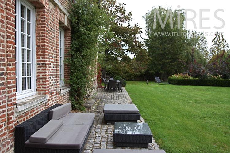 Brick, stone and turf. c0921