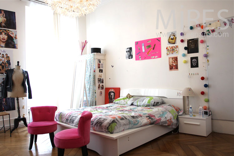 chambre de jeune fille c0925 mires paris. Black Bedroom Furniture Sets. Home Design Ideas