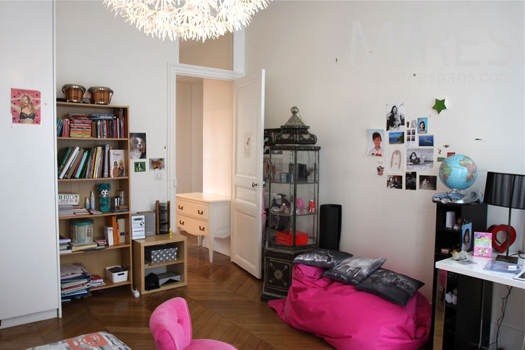 Girl s bedroom c0925 mires paris - Chambre de jeune fille ...