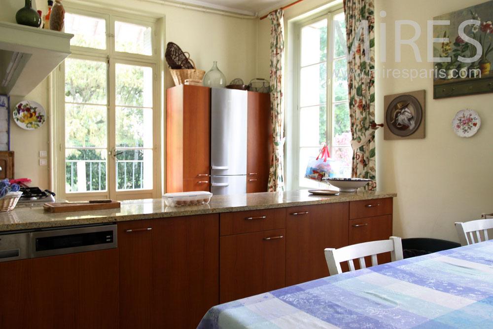 Artist kitchen. C0926