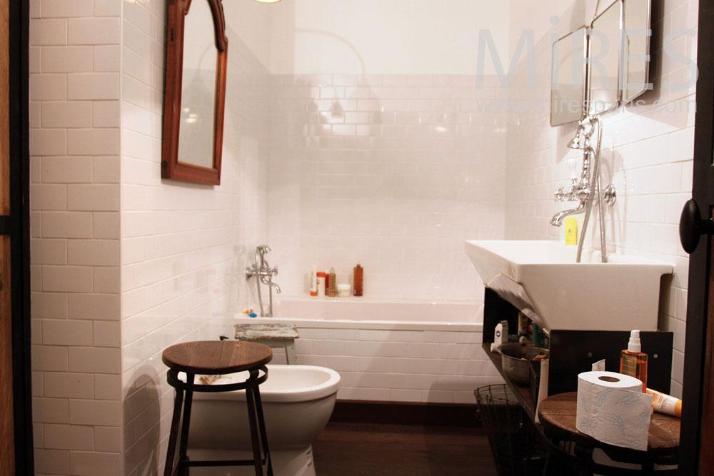 Salle de bains parentale. C0934