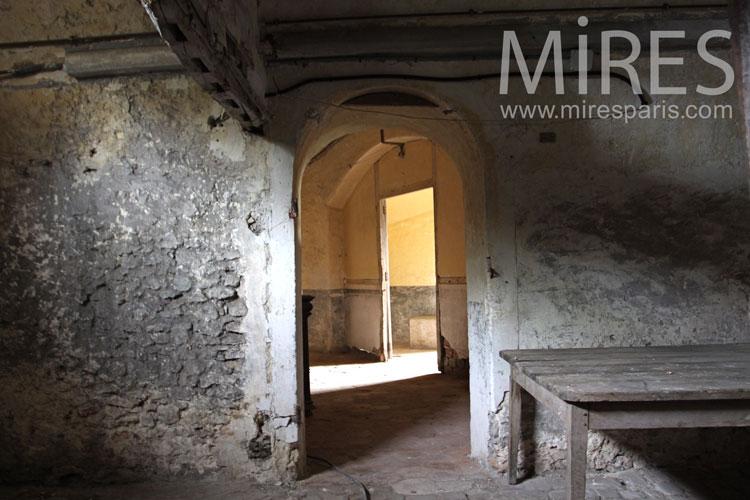 La cave des mystères. C0965