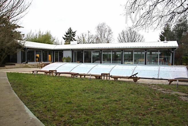Simplicit de verre dans la nature c0967 mires paris for Club piscine entrepot