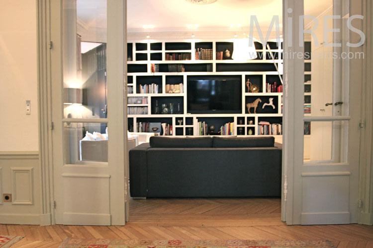 Salon télé familial. C0980