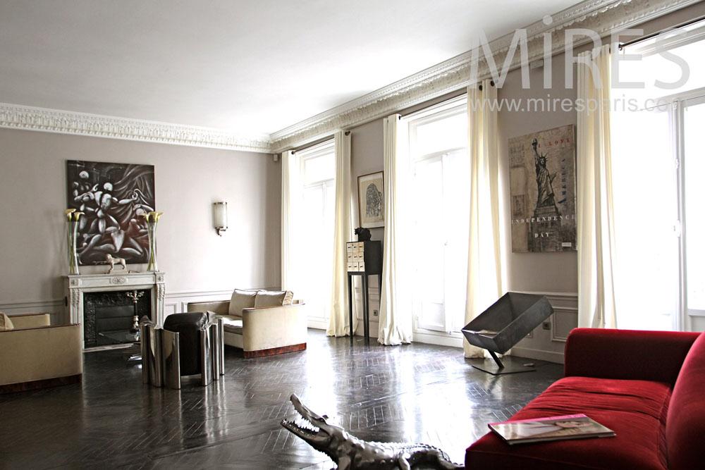 Chic parisien. C1010