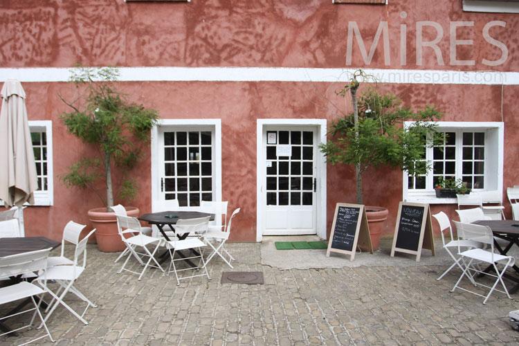 Restaurant de groupes. C1024