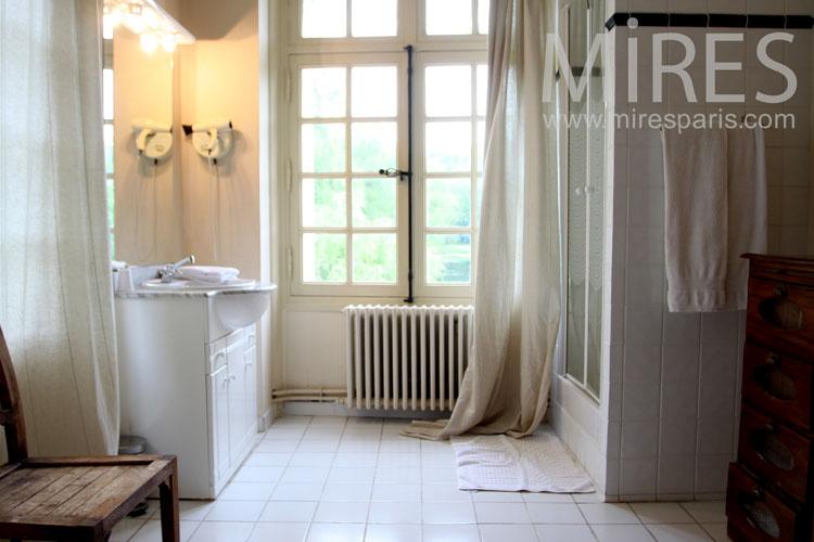 bains avec chambre attenante c1024 mires paris. Black Bedroom Furniture Sets. Home Design Ideas