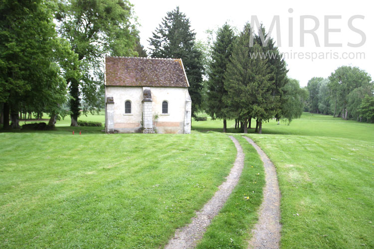 Little chapel on the prairie. C1024
