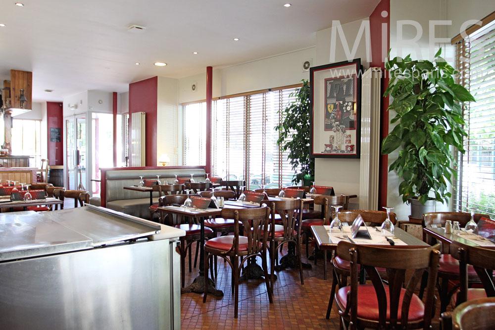 Brasserie parisienne. C1026