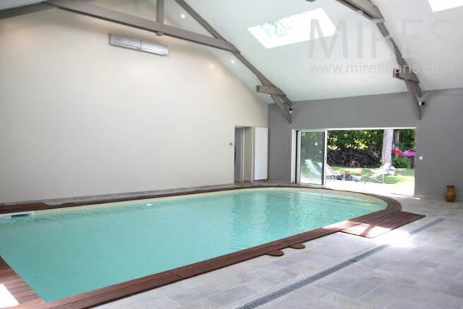 Piscine turquoise pour bains d hiver c1032 mires paris for Club piscine entrepot