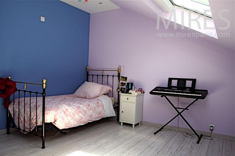 Attic rooms. c1032