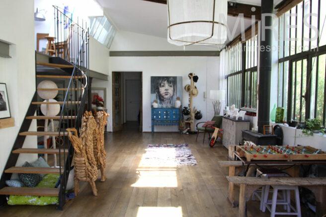 Grand atelier pour famille d artiste c1038 mires paris - Atelier d artiste a vendre paris ...