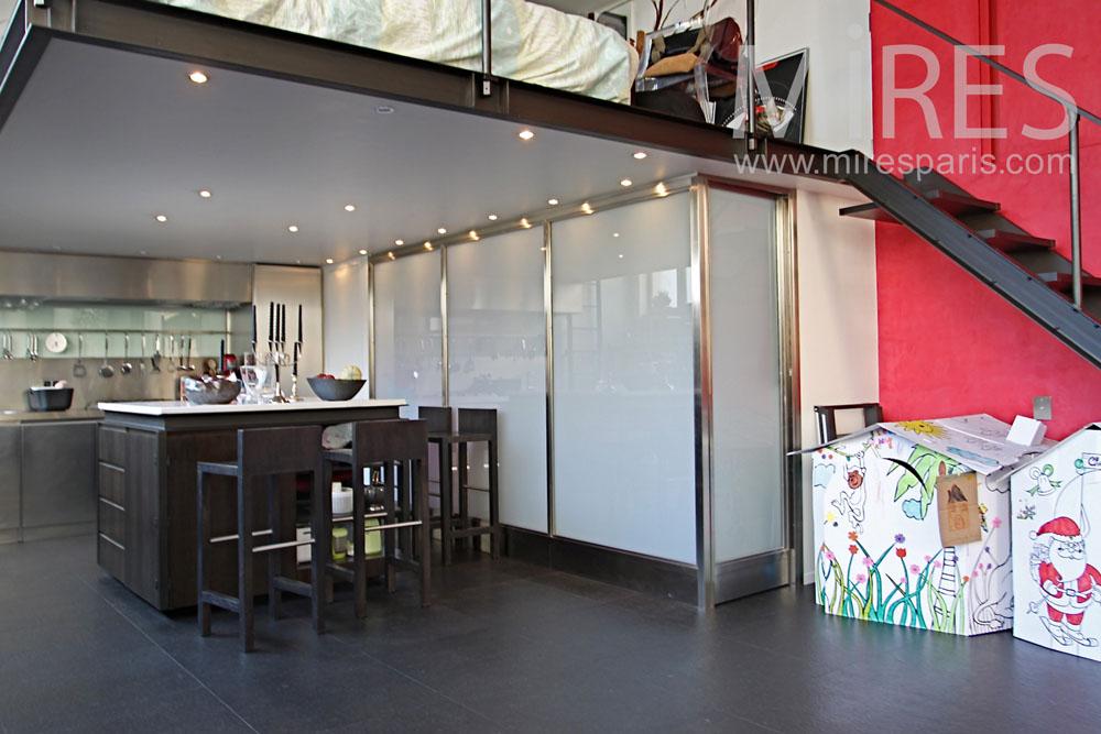 Modern kitchen under the mezzanine. C1043 | Mires Paris