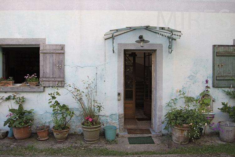 Maison d'artistes et décoration vintage. C1044