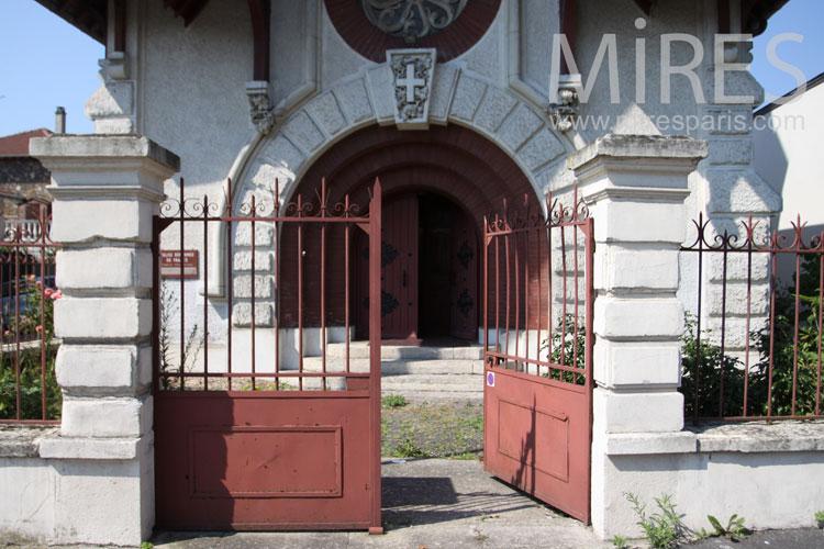 Entrée du temple. C1056