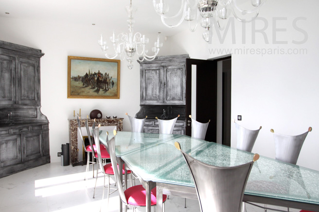 Dining-room, chic, retro-modern. C1059