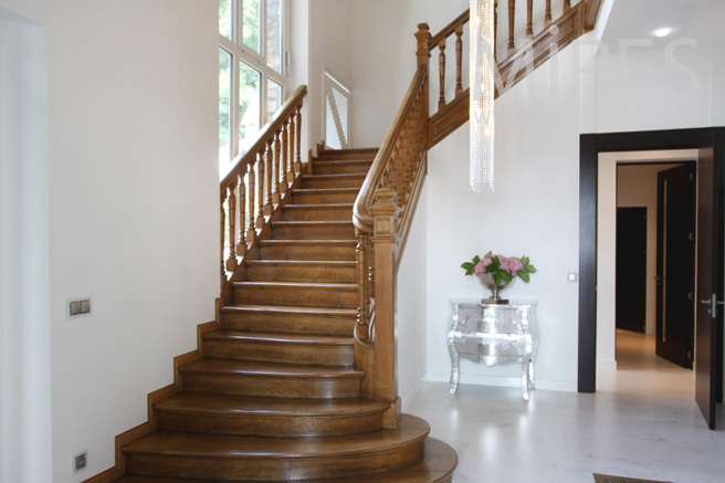 Majestic wooden stairway. C1059