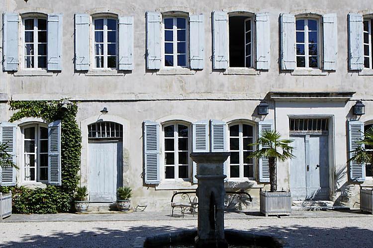 Grande Maison De Famille C1072 Mires Paris