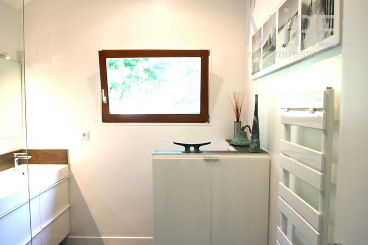 Belle chambre blanche. C1083 | Mires Paris